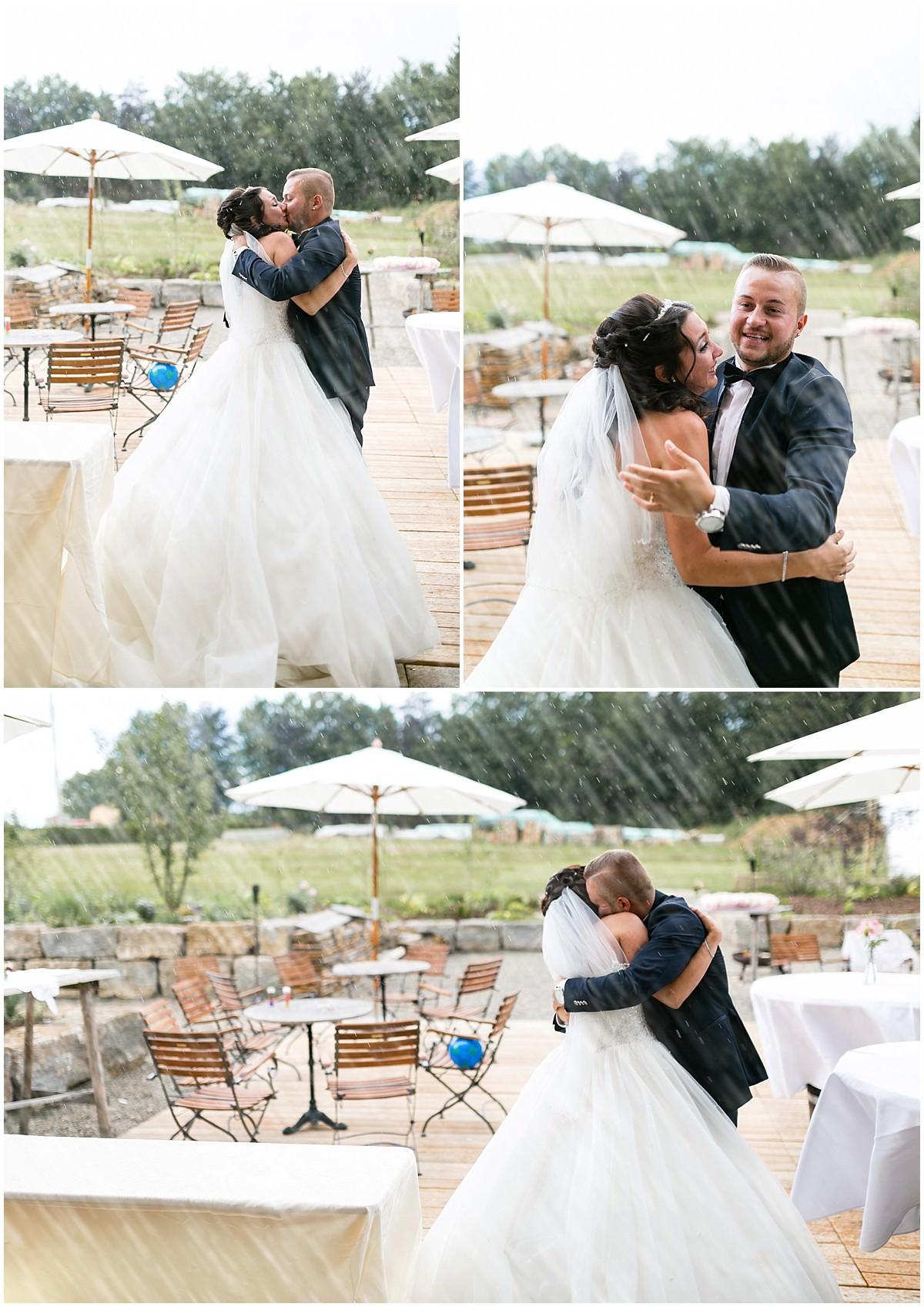 Brautpaarbilder bei Regenwetter