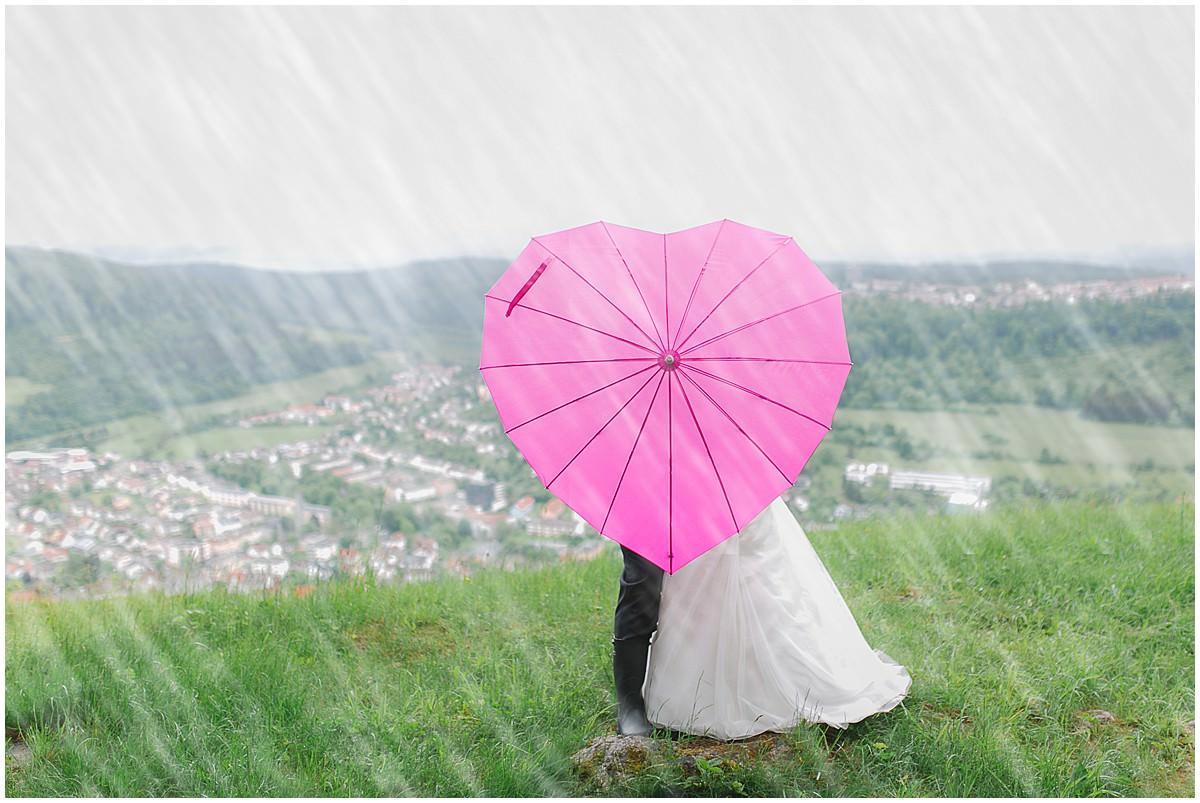 Regenbilder bei der Hochzeit