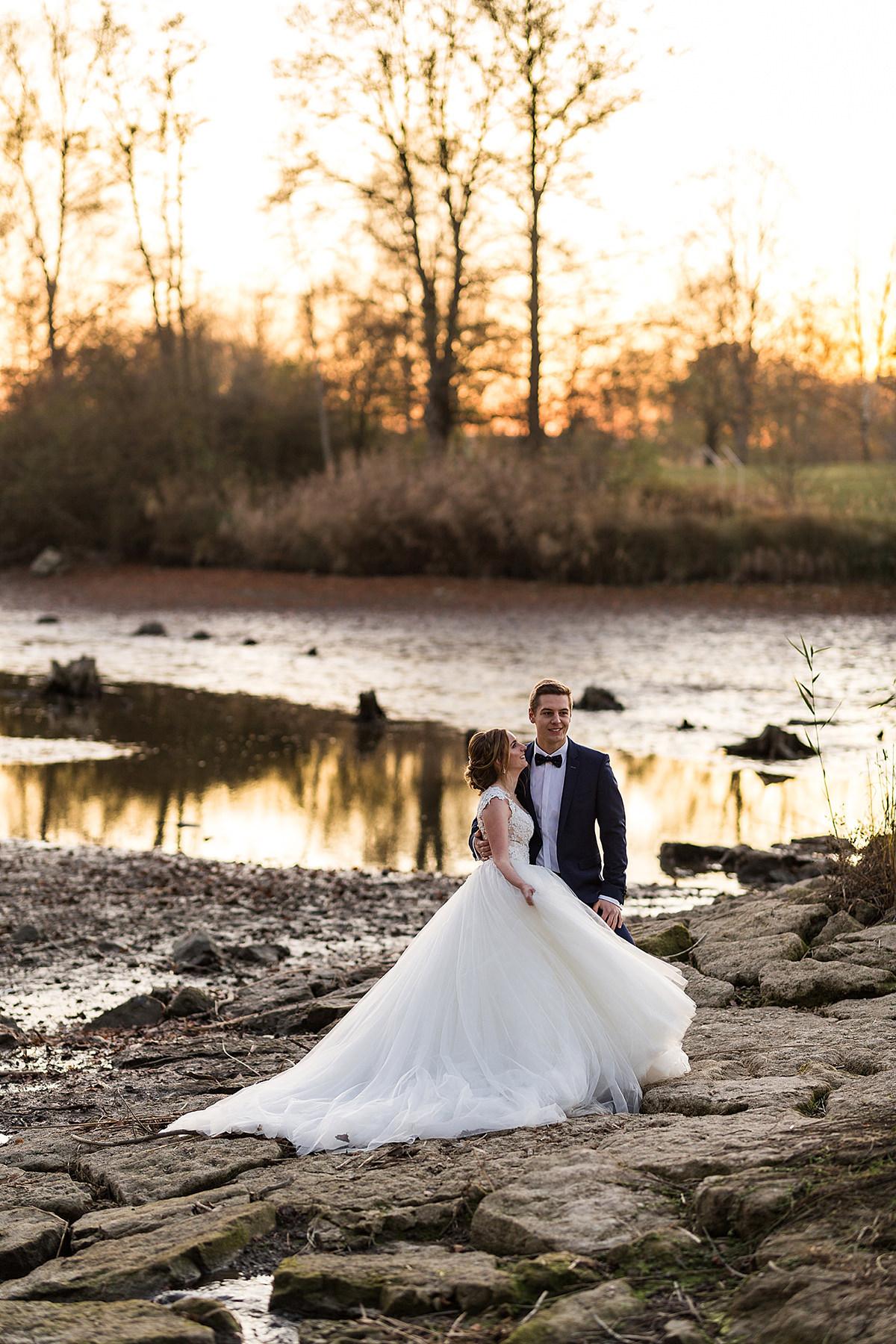 Romantisches After-Wedding-Shooting im Herbst am Degenbachsee in Crailsheim